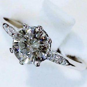 Ring Round Diamond 3 Carats Engagement